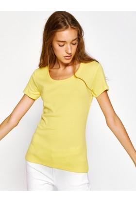 Koton Kadın Oyuk Yaka T-Shirt Sarı