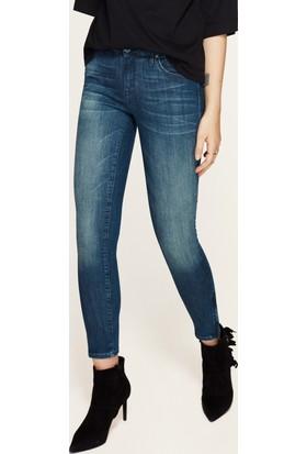 Mavi Adriana Ankle Fermuar Detaylı Mavi Jean Pantolon