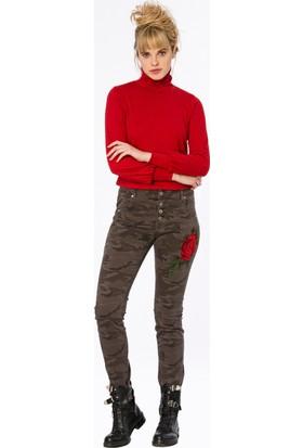 Bexy Castries Dik Yaka Kırmızı Basic Bluz