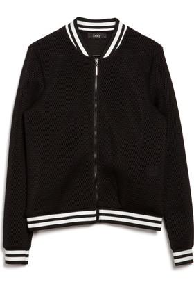 Bexy Amanda Siyah Ceket