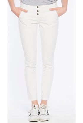 Bexy Piyamonte Beyaz Rahat Kalıp Pantolon