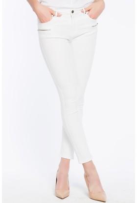 b9e76be89518a Bexy Puglia Beyaz Fermuar Detaylı Pantolon Bexy Puglia Beyaz Fermuar Detaylı  Pantolon ...