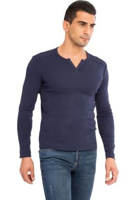 Kiğılı Serafni Yaka Uzun Kollu Slim Fit Sweatshirt