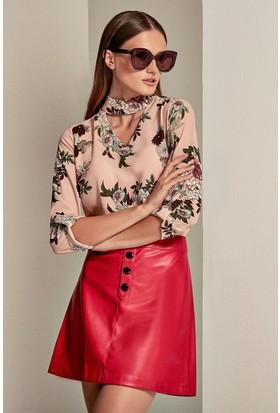 Lafaba Yakası Bantlı Kolları Apoletli Desenli Bluz