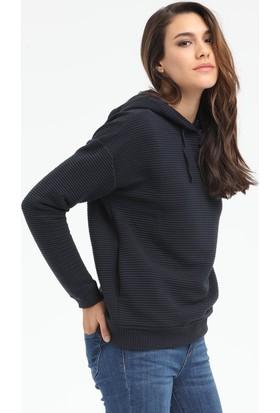 Loft Kadın Kapşonlu Sweatshirt 2015377