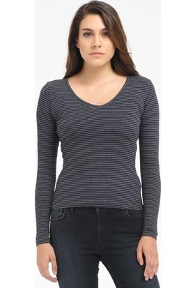 Loft V Yaka Kadın Sweatshirt 2015536