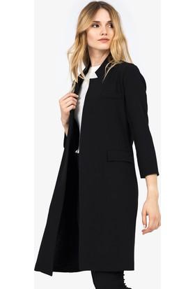 İroni Cep Kapaklı Siyah Uzun Ceket