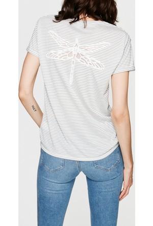 Mavi Yusufçuk Nakışlı Gri T-Shirt
