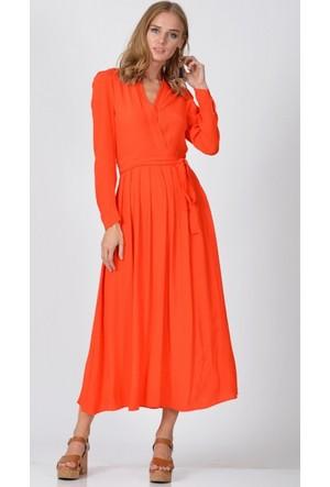 Eka Kruvaze Yaka Kuşaklı Elbise