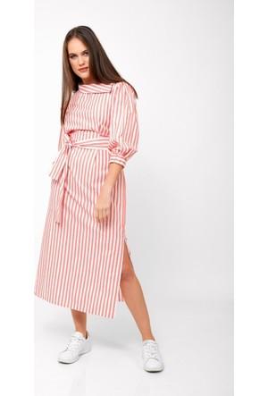 Eka Kayık Yaka Çizgili Uzun Kol Kemerli Elbise