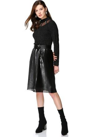 Miss Lusi 7393923 Yarım Balıkçı Tül Pencereli İncili Uzun Kol Bluz