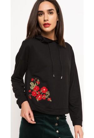DeFacto Kadın İşlemeli Kapşonlu Sweatshirt Siyah