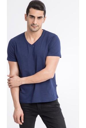 Kiğılı V Yaka Düz Slim Fit T-Shirt