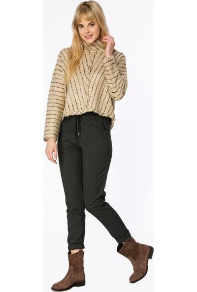 Bexy Kabil Sim Detaylı Bej Örme Sweatshirt