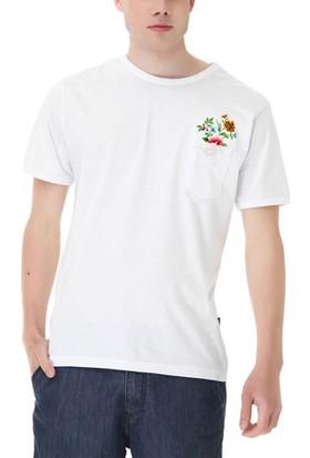 Köstebek Cepte Çiçekler Erkek T-Shirt
