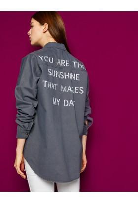 Koton Kadın Yazılı Baskılı Gömlek Gri
