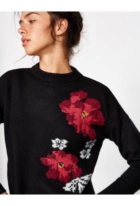 Koton Kadın Çiçekli Kazak Siyah