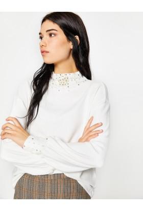 Koton Kadın Yaka Detaylı Kazak Beyaz