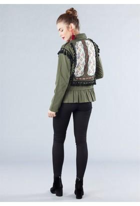 Femme Arkası Nakışlı Ceket Haki