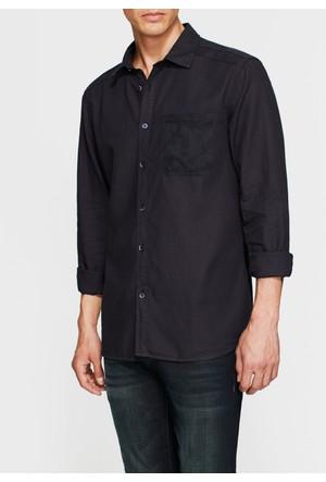 Mavi Tek Cep Baskılı Siyah Gömlek