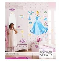 Artikel Cinderella Dev Duvar Sticker