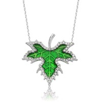 Yeşil Mineli Çınar Yaprağı Gümüş Bayan Kolye cz46