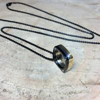 Chavin 3 Renkli Siyah Uzun Zincirli Erkek Çelik Kolye ad78k