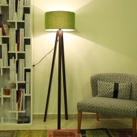 Evmanya Haus 3 Ayaklı Ceviz Lambader - Yeşil Şapka