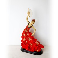 Vitale Bella Yelpazeli Flamenco Dansçı Kadın