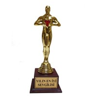 BuldumBuldum Kalpli Yılın En İyi Sevgilisi Oscarı - Yılın En İyi Dostu