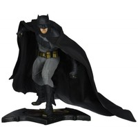 DC Collectibles Batman vs Superman Dawn of Justice Batman Statue