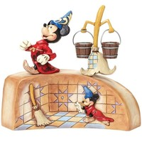 Enesco Disney Traditions Mickey Mouse Summoning The Stars Fantasia Diorama