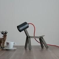İki Lob Köpek Formunda Masa Lambası