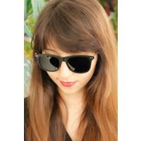 Clariss Marka Siyah Çerçeve Tasarımlı Bayan Gözlük