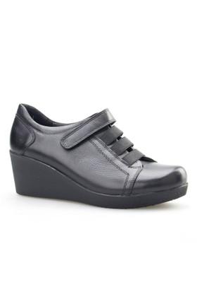 Cabani Dolgu Topuk Günlük Kadın Ayakkabı Siyah Analin Deri