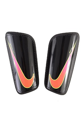 Nike SP2101-010 Hard Shell Slip-In Futbol Tekmeliği
