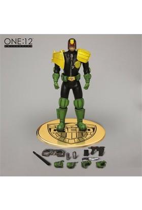 Mezco Toyz Judge Dredd One:12 Collective Action Figure