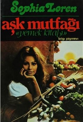"""Aşk Mutfağı """"Yemek Kitabı"""" - Sophia Loren"""