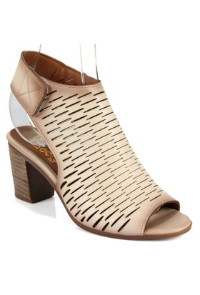 Beety 1451 Bej Topuklu Bayan Sandalet