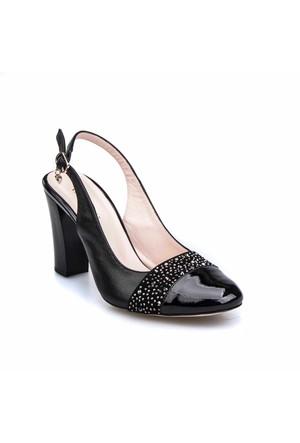 Cabani Taşlı Klasik Kadın Ayakkabı Siyah Deri