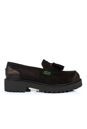 İloz 334120 Siyah Hakiki Deri Püsküllü Bayan Ayakkabı