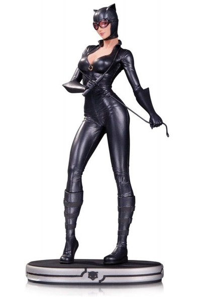 DC Collectibles DC Comics Cover Girls: Catwoman Statue