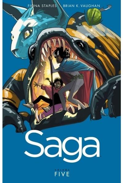 Saga Vol. 5 İngilizce Çizgi Roman