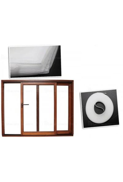 Toptancı Kapında Pencere Cam Sinekliği ( 150 Cm X 125 Cm. )