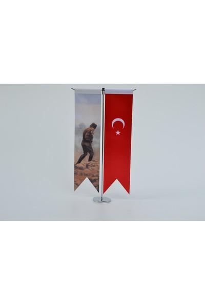 Bayrakal Atatürk Resmi ve Türk Bayrağı Kırlangıç Masa Bayrak Takımı