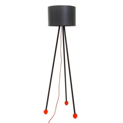 Decortie Morello Renkli Lambader - Siyah Gövde Siyah Silindir Şapka