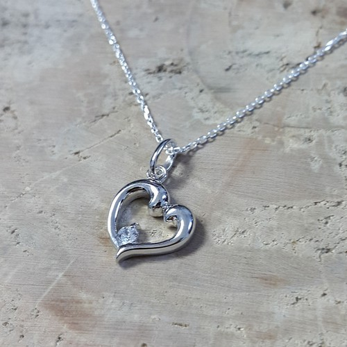 Chavin Tek Taş Kalp Gümüş Bayan Kolye ay94