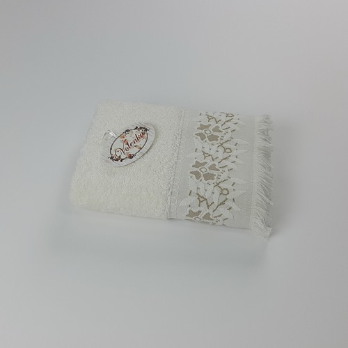 Volenka Floral Jakarlı Havlu 90*150 Krem