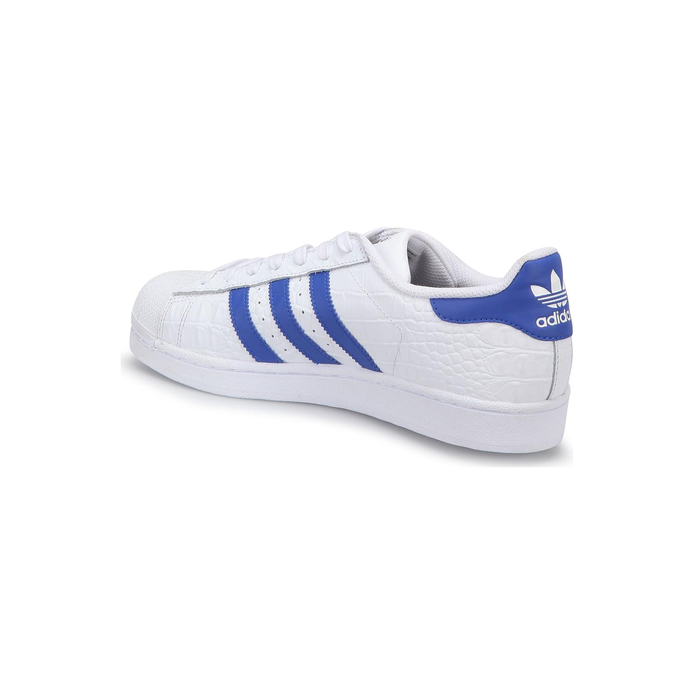 sports shoes 4a90c 69d42 9735885193266.jpg