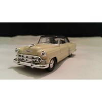 Welly 1:36 1953 Chevrolet Bel Air Metal Araba Krem